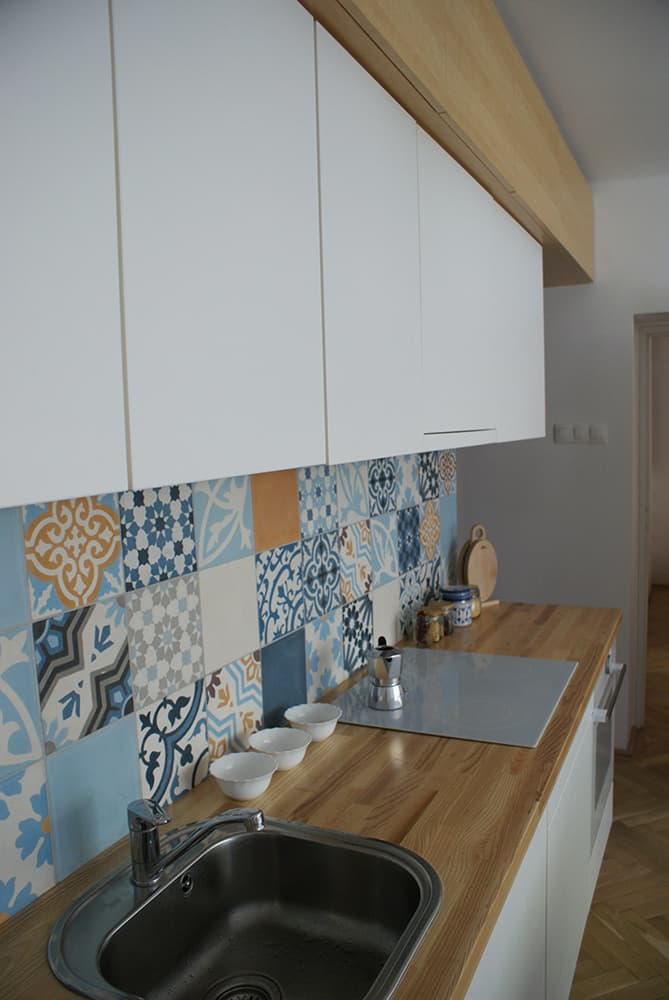 patchwork in der k che marrakesh zementfliesen. Black Bedroom Furniture Sets. Home Design Ideas